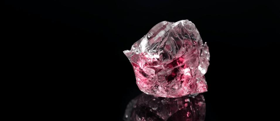 mineral de piedra rubi original